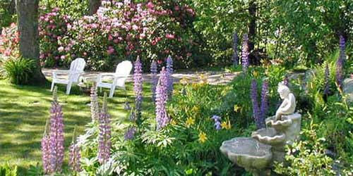 Garden & Fountain - Inn at Tanglewood Hall - York Harbor, ME