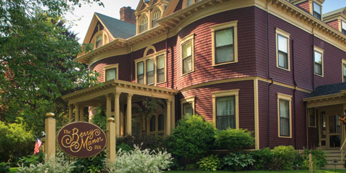 Front Facade - Berry Manor Inn - Rockland, ME